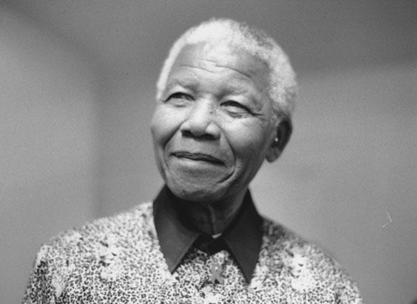 Nelson_Mandela,_2000_(5).jpg